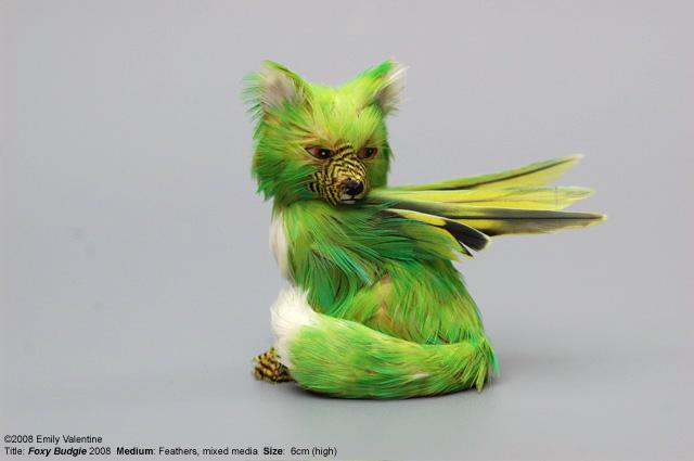 Поделка из перьев попугая 21