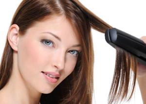 Як розпрямити кучеряве волосся