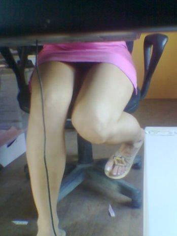 Учительница под столом скрытая камера фото 312-340