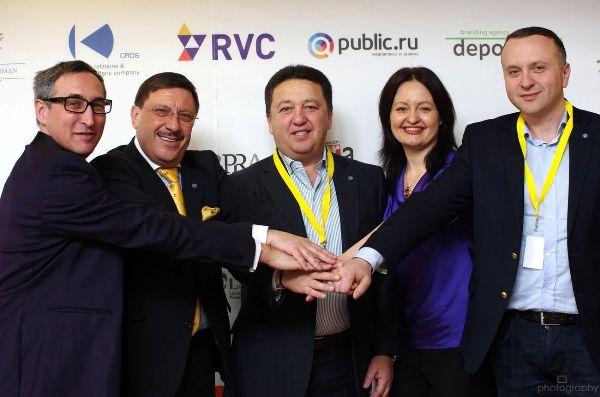 Фельдман учредил в Давосе международную премию за развитие толерантности