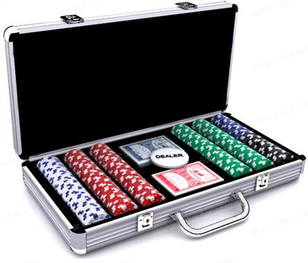 Покерный набор в кейсе