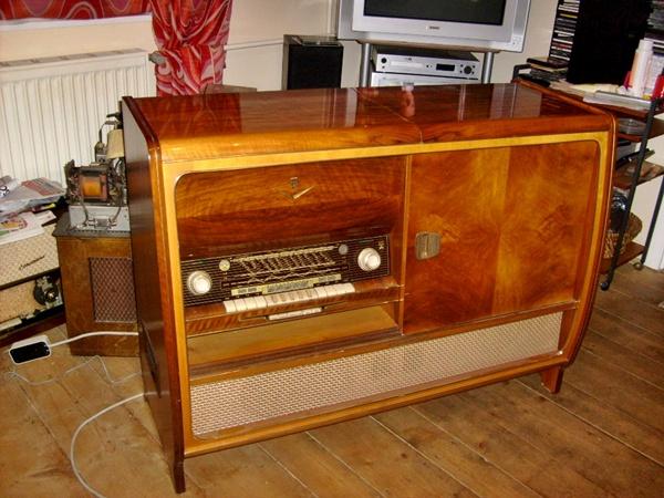 Ламповые радиоприёмники деда Панфила - Страница 5 Ba1afd8bbbda69a6e42a6ba89089194b