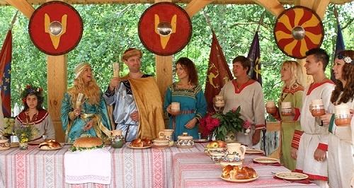 """Майовка по-українськи"", або куди поїхати на травневі свята"