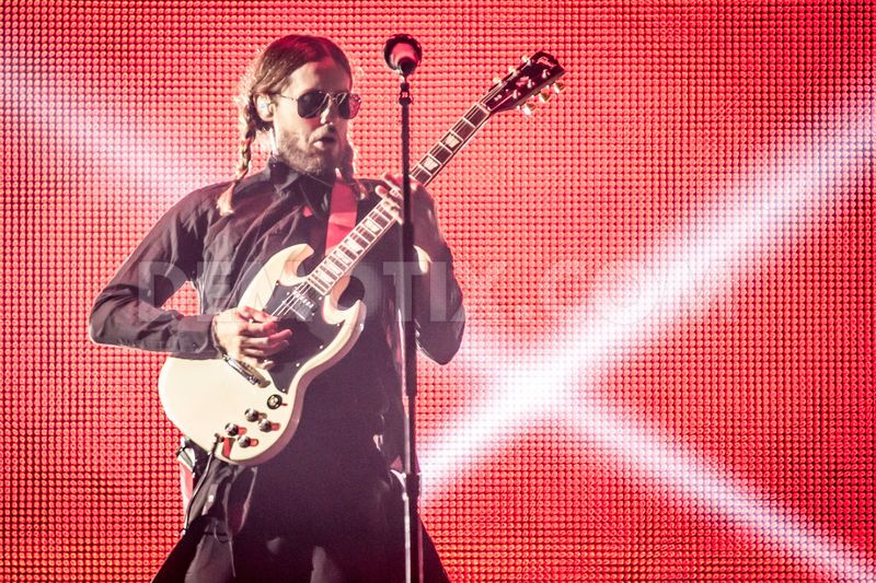 1383439512-thirty-seconds-to-mars-performs-in-milan_3120769.jpg