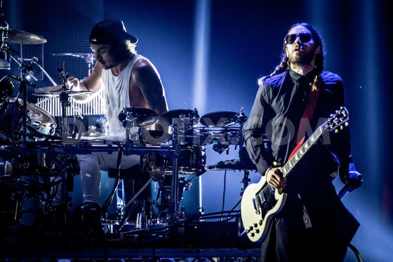 1383439533-thirty-seconds-to-mars-performs-in-milan_3120720.jpg